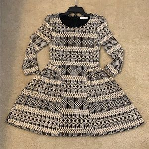 SUGARLIPS LONG SLEEVE BLACK/CREAM DRESS SMALL